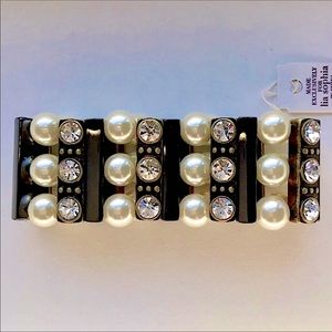 🌟🖤NWT Lia Sophia Crystal & Pearl Black Bracelet